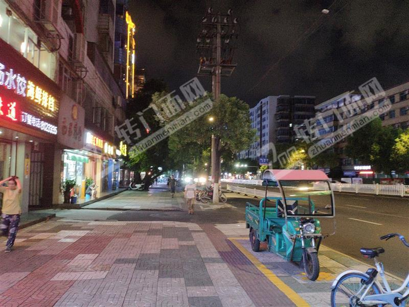 汽车站附近小吃烧烤夜宵店可住人低价急转
