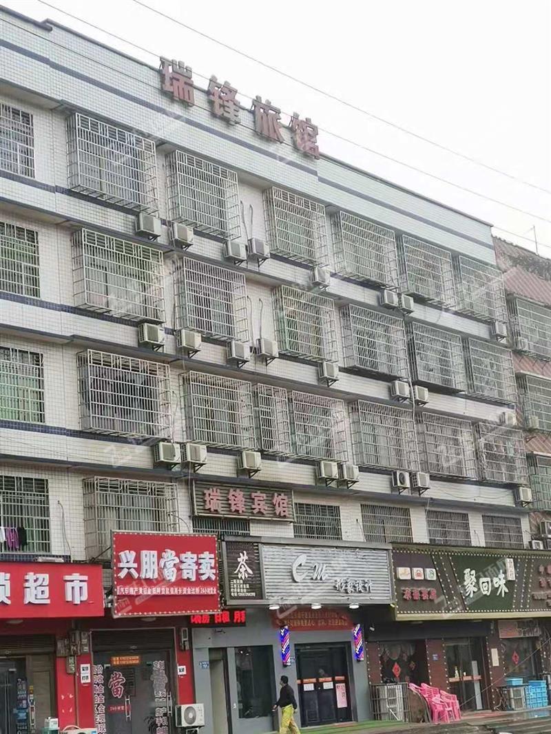优价转让医学院南门16间精装修宾馆酒店